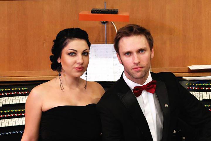 Солисты Абхазской Государственной филармонии органист Лука Гаделия и оперная певица Кристина Эшба