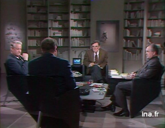 THE DUEL BETWEEN YELTSIN AND ZINOVIEV ON FRENCH TV
